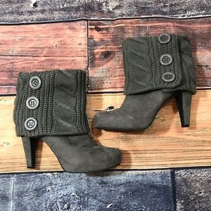 Guess Suede Cuffed Booties Size 10M